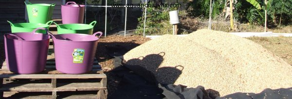 Gravel and washing stations